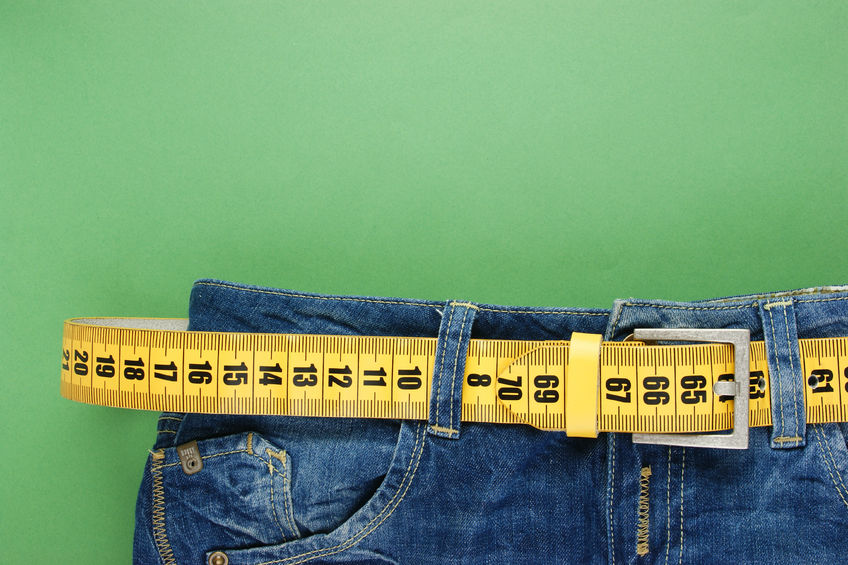 jeans with meter belt slimming on the green