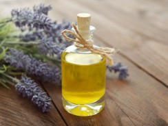 Essential Oils (Aromatherapy) for Supporting Thyroid Health